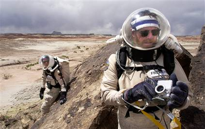astronauts_in_artificial-intelligence_enhanced_spacesuits